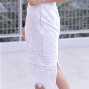 Banana Republic white lace pencil skirt